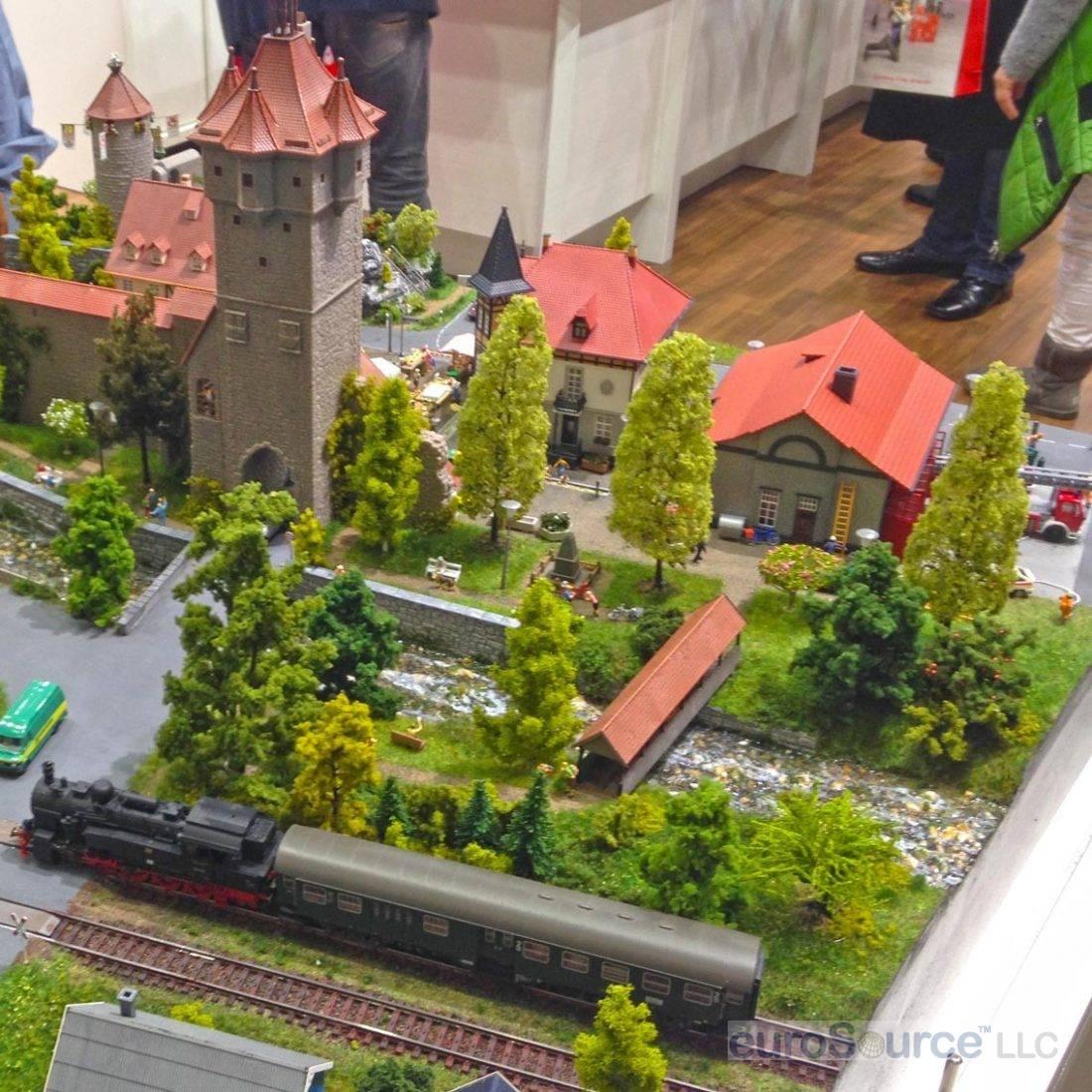 Train Display 1 Nuremberg 2016