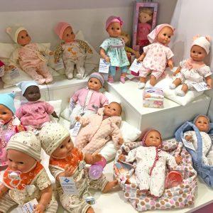 Schildkroet doll collection