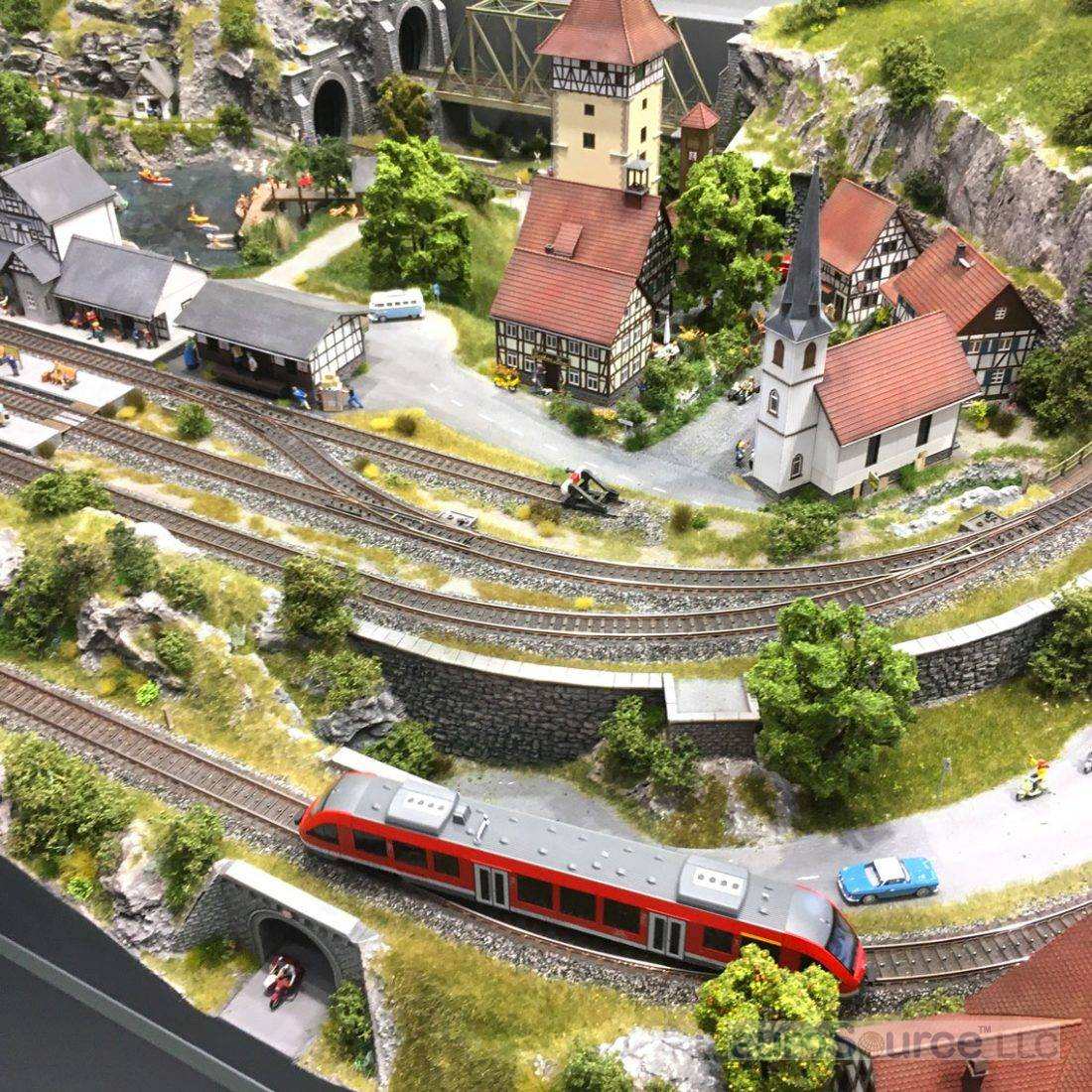 Toy trains and models